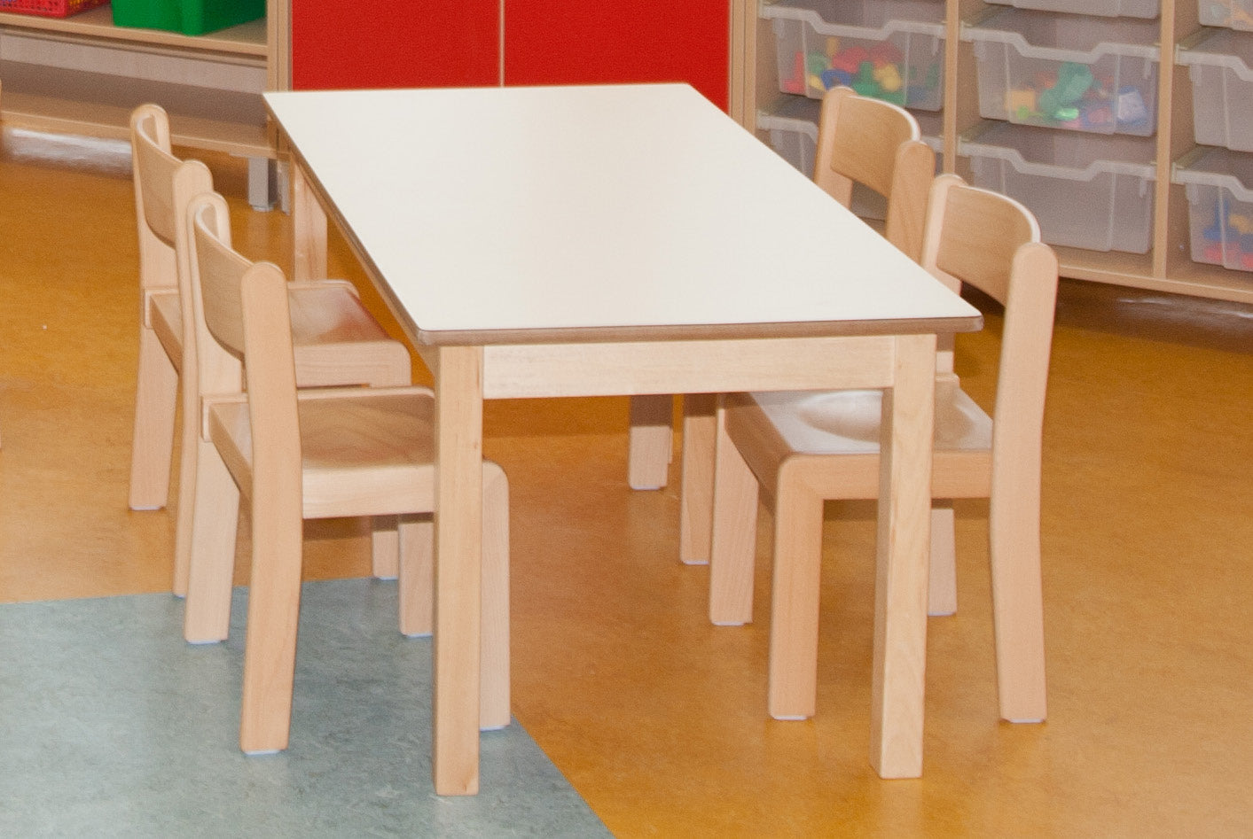 46cm Magnolia  Rectangle Table & 4 26cm Beech Chairs