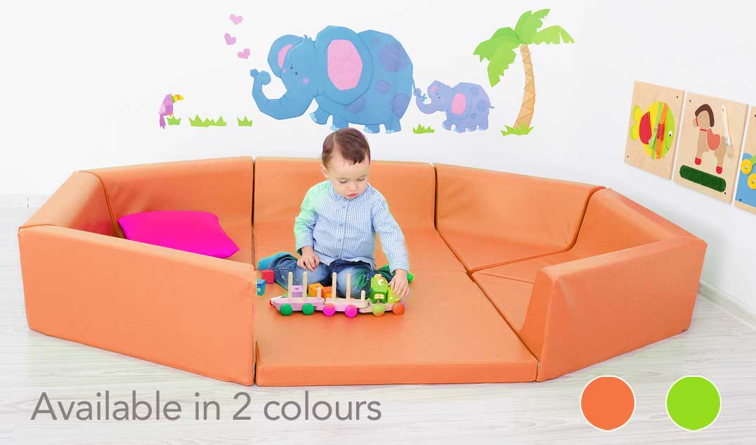 Small Opening playpen-orange