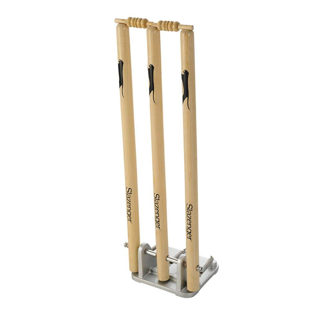 Junior Spring Back Cricket Stumps