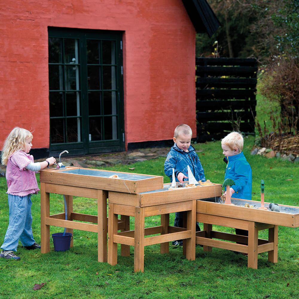 Outdoor Water and Sand Table with Pump