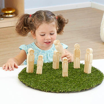 Small World Toddler Wooden Doll Family 7pk