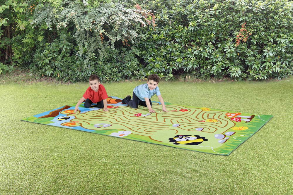 Back to Nature Bee Maze Outdoor Mat