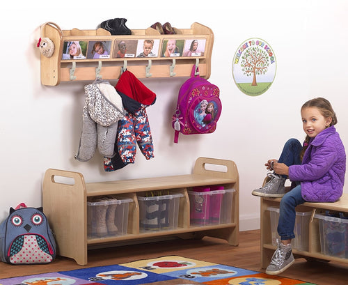 Wall Hooks with 6 Cubbies