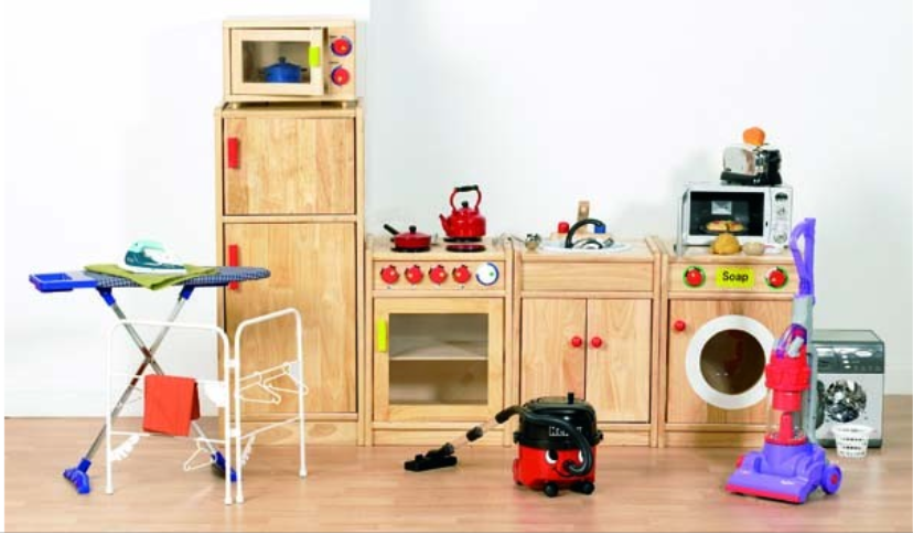 Wooden 5 piece Kitchen set