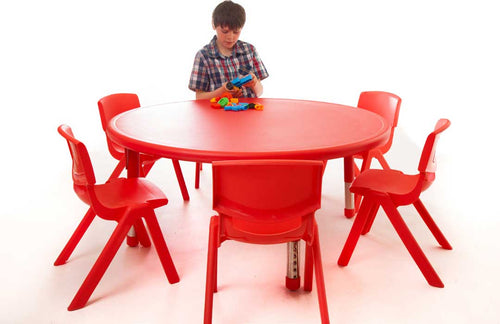 Circle Polyethylene Table and 35cm Chairs