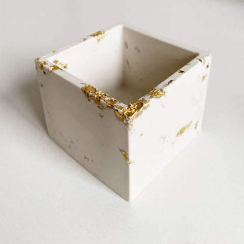 Medium Square Pot
