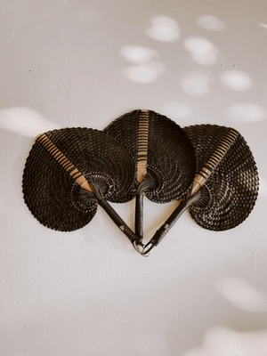 Woven Paradisio Fan in Black