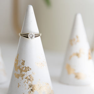 Gold Flakes Concrete Ring Holder