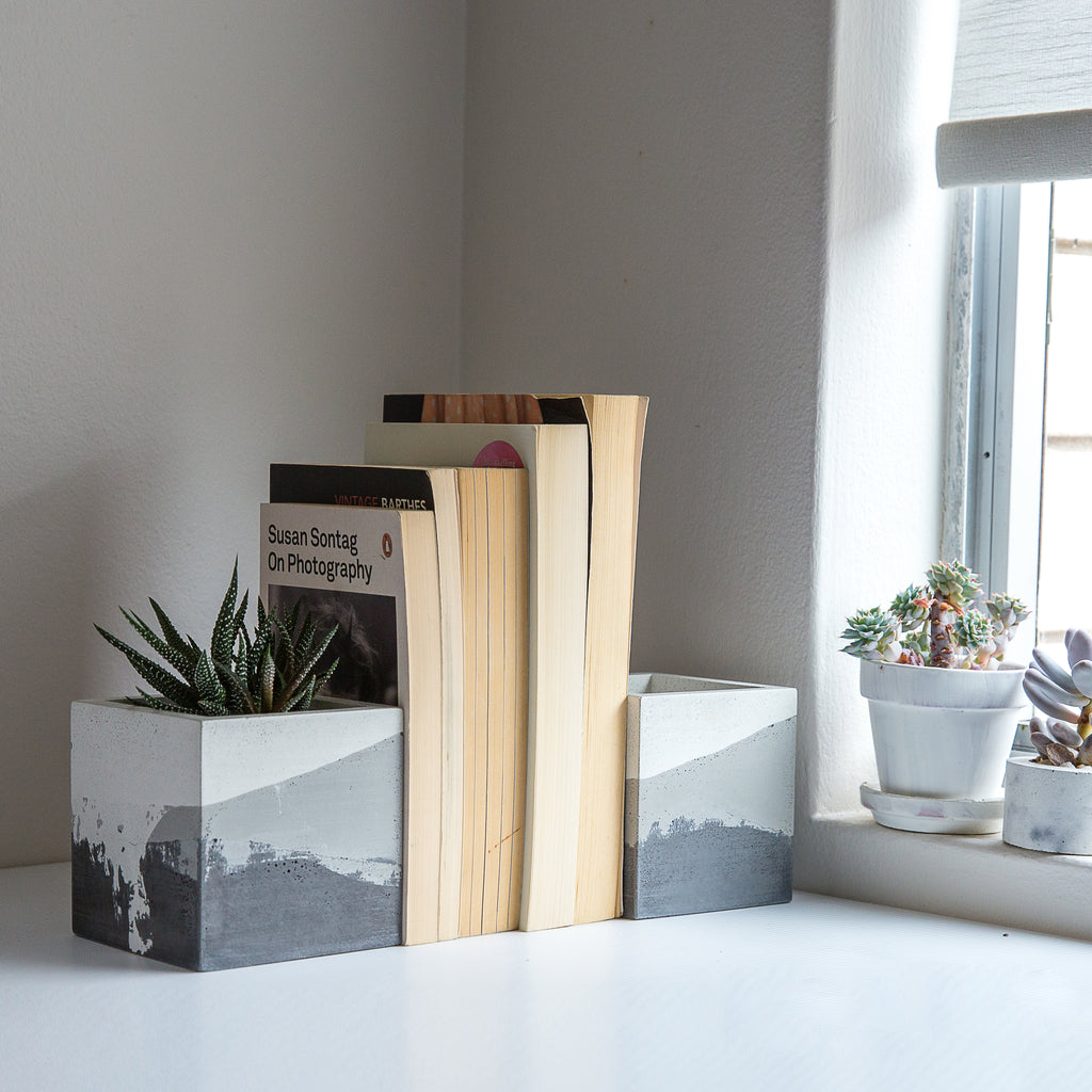 Monochrome Square Bookends Planters 4""