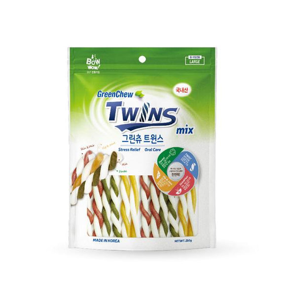 BOWWOW Dental Treats: Green Chew Twins (Small/Large)