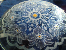 Зареждане на изображението в прозореца на Галерия, Mandala narcissus glass, Housewarming gift, Hand engraved glass Dish, Wedding personalized glass gift, family new home gift, Home Décor