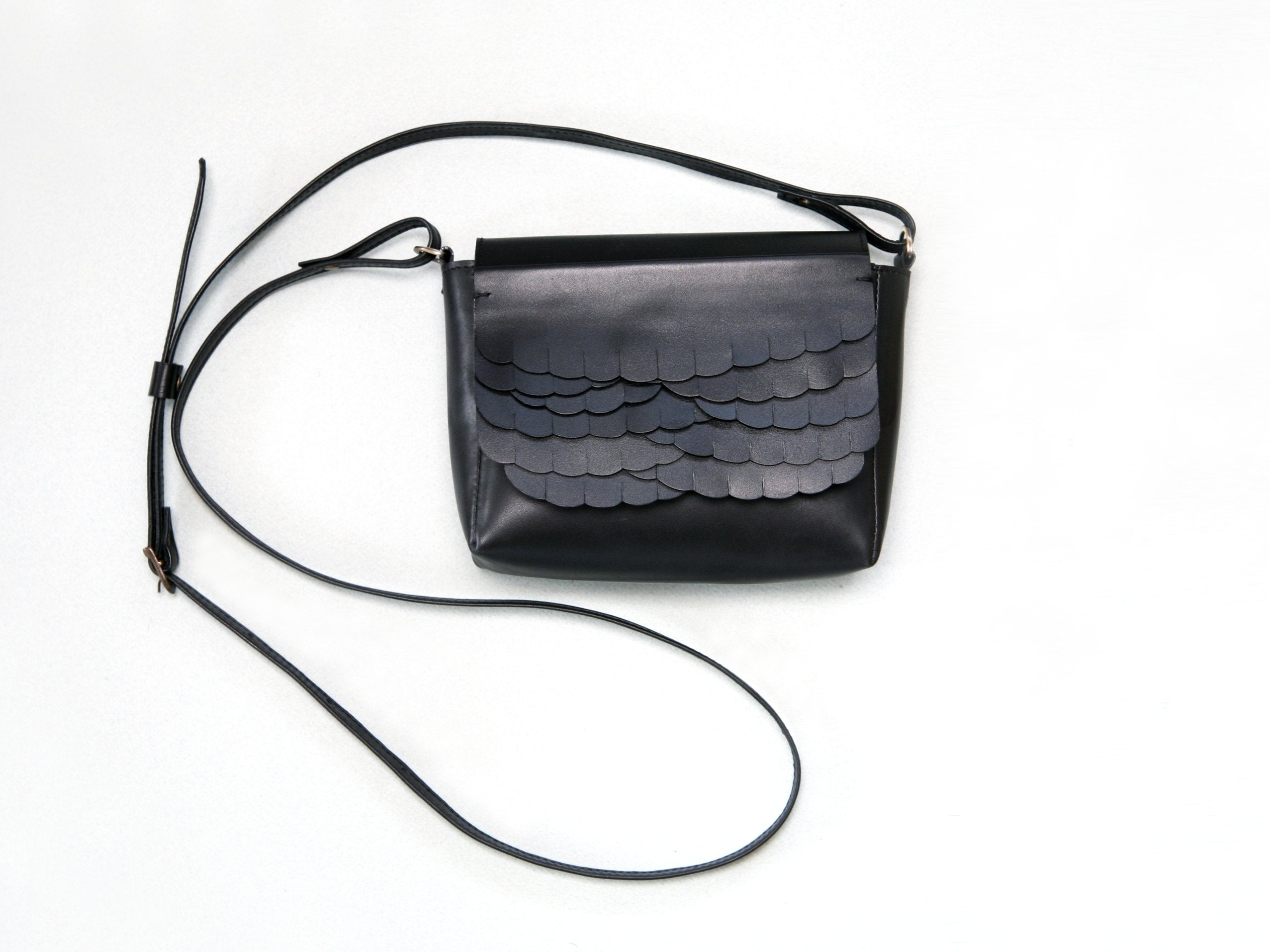 While Mini shoulder bag Black