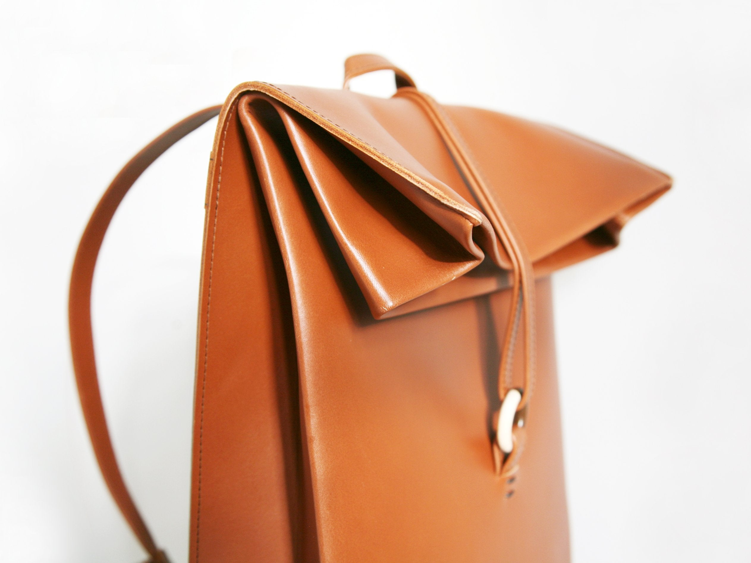 Paper Backpack Caramel