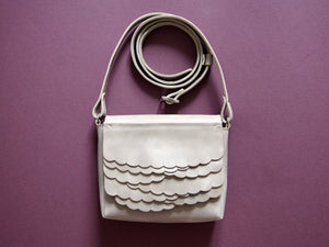While Mini shoulder bag Clay