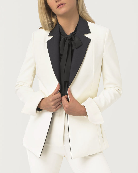 Tux Trail Blazer™ Ivory - Limited Edition