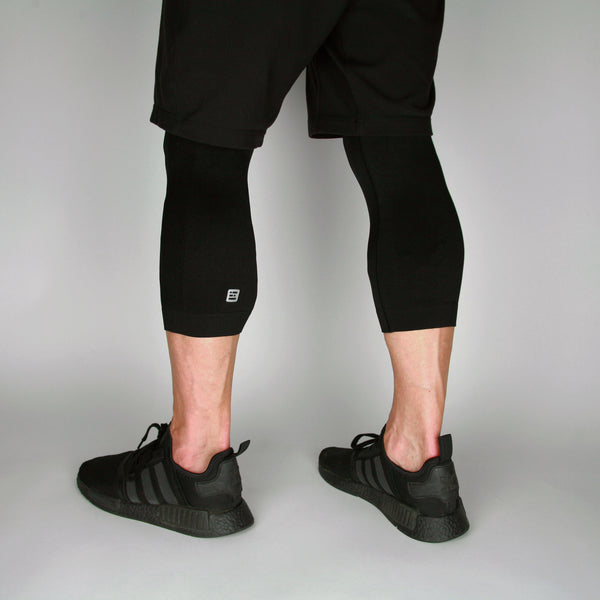 Man Seamlessly Black Cropped Baselayers - KEJO Fitness