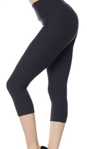 Wide Waistband Capri Plus Leggings
