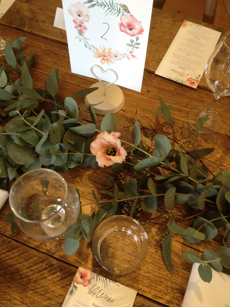 Simple Wedding Table Decoration