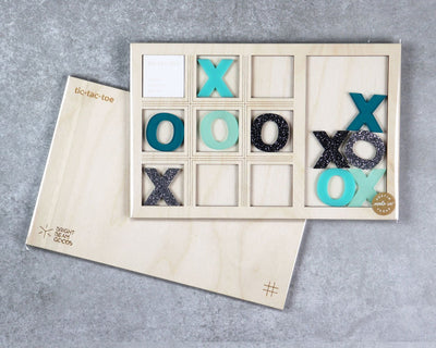 Galaxy tic-tac-toe game in packaging