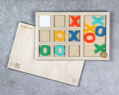 Pool party tic-tac-toe game in packaging
