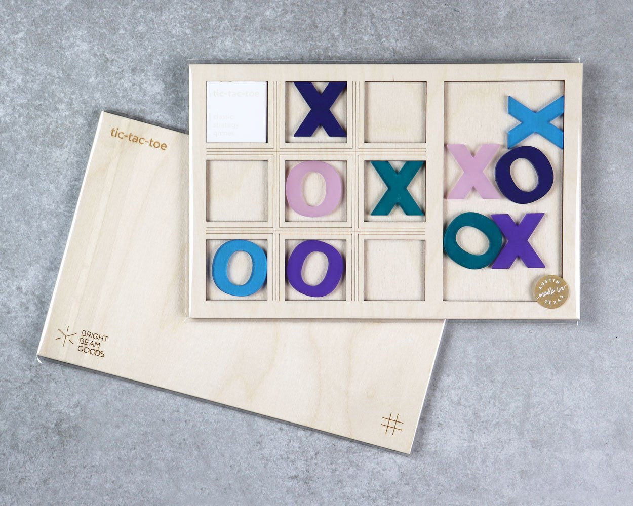 Twilight tic-tac-toe game in packaging