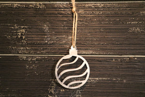 Swirl Ball Ornament | Metal Christmas Tree Ornament - CHO1005