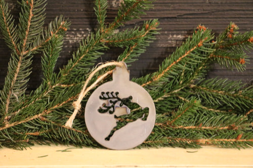 Reindeer Ball Ornament | Metal Christmas Tree Ornament - CHO1004