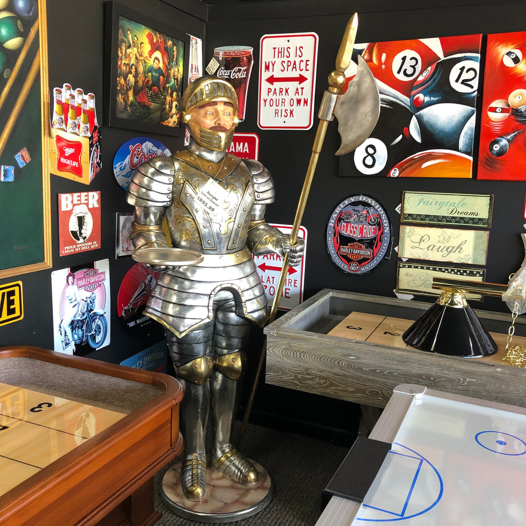 Suit of Armor Statue