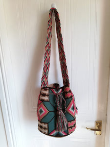 Authentic Handmade Mochilas Wayuu Bags - Montserrate