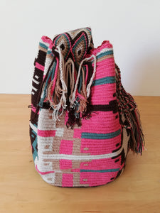 Authentic Handmade Mochilas Wayuu Bags - Montserrate 3