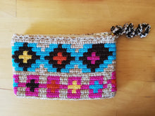 Load image into Gallery viewer, Unique & Authentic Purses Wayuu - Small 3
