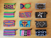 Load image into Gallery viewer, Unique & Authentic Purses Wayuu - Large 1