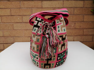 Authentic Handmade Mochilas Wayuu Bags - Mediana Cinco
