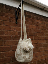 Load image into Gallery viewer, Authentic Handmade Mochilas Wayuu Bags - Mediana Tres