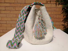 Load image into Gallery viewer, Authentic Handmade Mochilas Wayuu Bags - Unicolor Blanca