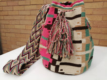 Load image into Gallery viewer, Authentic Handmade Mochilas Wayuu Bags - Montserrate 3