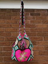 Load image into Gallery viewer, Authentic Handmade Mochilas Wayuu Bags - Feria 4
