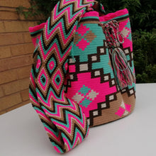 Load image into Gallery viewer, Authentic Handmade Mochilas Wayuu Bags - Feria 3