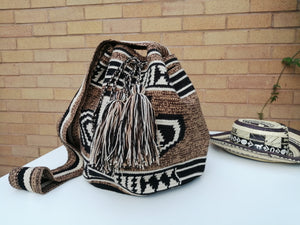 Authentic Bags Mochilas Wayuu - Café Dos
