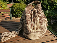 Load image into Gallery viewer, Authentic Handmade Mochilas Wayuu Bags - Matizada Bogota 2