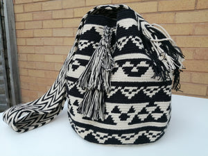 Authentic Bags Mochilas Wayuu - Café Diez