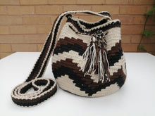 Load image into Gallery viewer, Authentic Handmade Mochilas Wayuu Bags - Small Bogotá