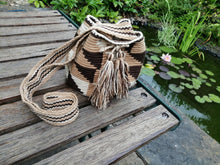 Load image into Gallery viewer, Authentic Handmade Mochilas Wayuu Bags - Small Pereira