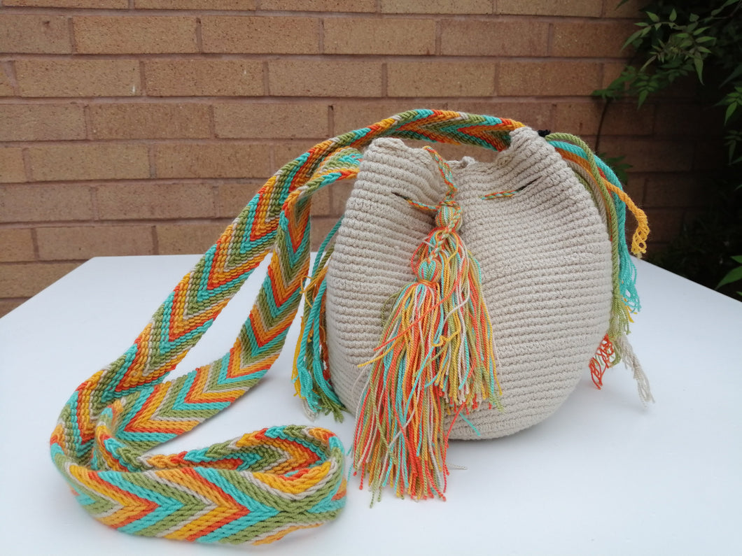 Authentic Handmade Mochilas Wayuu Bags - Small Beige