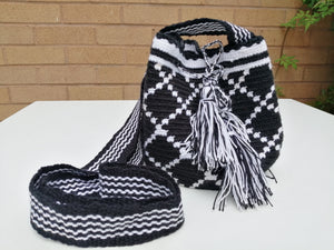 Authentic Handmade Mochilas Wayuu Bags - Small Black 15