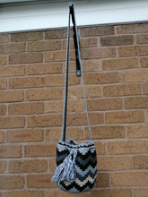 Load image into Gallery viewer, Authentic Handmade Mochilas Wayuu Bags - Small Gray 20