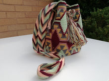 Load image into Gallery viewer, Authentic Handmade Mochilas Wayuu Bags - Mediana Suba