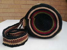 Load image into Gallery viewer, Authentic Handmade Mochilas Wayuu Bags - Mediana Madrid