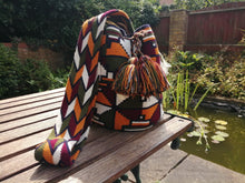 Load image into Gallery viewer, Handmade Cross-body Bags Mochilas Wayuu Collection Andes - Bogotá