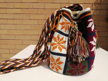Load image into Gallery viewer, Handmade Cross-body Bags Mochilas Wayuu Collection Andes - Chía